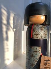 Kokeshi (Hayashina) Tags: kokeshi doll wooden shadow