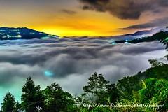 雲海夜 (Benz Yu) Tags: sigma35mmf14art 嘉166縣道 交力坪 瑞里 阿里山 夜景 風景 雲海 雲瀑 山岳 樹木 琉璃光