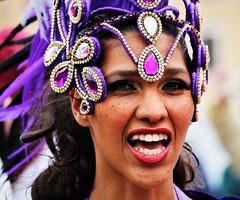 6Q3A0228 (www.ilkkajukarainen.fi) Tags: samba helsinki caneval 2018 ilkkajukarainen suomi finland finlande happy live travel traveling senaatintori city eu europa scandinavia music musiikki portrait potretti smile hymy face feather flower sulka paljetti carnaval