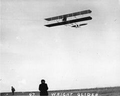 sdasm aircraft image (San Diego Air & Space Museum Archives) Tags: aviation aircraft airplane biplane wrightbrothers wrightglider glider