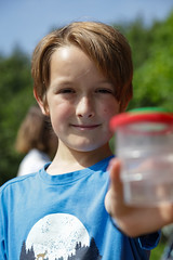 Edinburgh Botanic Gardens BioBlitz 2018 -80 (Philip Gillespie) Tags: • edinburgh royal botanic gardens 2018 big bioblitz bio blitz kids children men women man woman people fun faces smiles water wet insects bugs moths spiders legs arms eyes hats grass trees bushes plants short pool sun sky pond lilly wings park nature colour green blue red yellow orange purple science teach record check house cottage photo photography canon 5dsr rbgenature thebotanics dipping worms birds bigbotanicsbioblitz