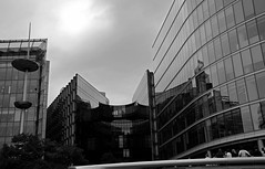 City of London (Niwi1) Tags: london england europa outdoor stadt gebäude nikon city building sw bw reflektion reflection