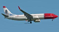 EI-FJW NORWEGIAN 737 (john smitherman-http://canaviaaviationphotography.) Tags: eifjw aviation aircraft airliner airplane aeroplane airport boeing boeing737 plane planespotting canon 1dmk4 100400l london londongatwick gatwick gatwickairport la landing 737 egkk fly flight flug flughafen jet norwegian norway