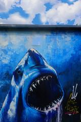 MOS  Meeting of styles 2018 in Wiesbaden (Marco Braun) Tags: streetart wallart mural wiesbaden meetingofstyles 2018 portrait colourfulcoloured farbig bunt maske masque mann man homme mos germany deutschland allemagne urbanart blau blue bleu writer hai shark himmel sky ciel hessen deutschlandgermanyallemagne