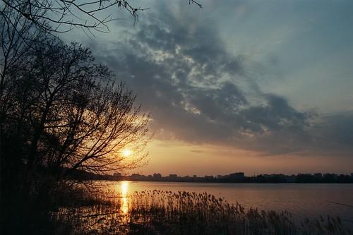 Закат над озером / Sunset over a lake