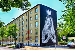 Princess (JuliSonne) Tags: streetart urbanekunst mauer wall graffiti colors scene urban pasteup stencil street berlin snikandnuno muralfestivalberlin