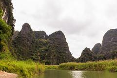 TAM_4968 (T.N Photo) Tags: nikon nikond750 d750 travel landscape river mountains boats skullisland trangan quangbinh northvietnam vn vietnam 2470mm lightroom sky cave travelphotoghapher
