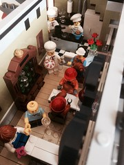 Lunch after work... (valeolligio) Tags: cake croissant menu hall kitchen chiken emmet menatwork work chezalbert chef minifigures collectable collectableminifigures building modular modularbuilding 10243 restaurant parisian paris parisianrestaurant lego