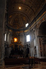 Southern transept (zawtowers) Tags: rome roma italy italia capital city historic roman empire heritage monday 28 may 2018 summer holiday vacation break warm sunny vatican st peters baslica home pope catholic church southern transept seating benches ready service