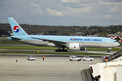 HL8252 | Korean Air | Boeing B777-FB5 | CN 37638 | Built 2012 | MXP/LIMC 13/04/2018 (Mick Planespotter) Tags: aircraft airport 2018 nik sharpenerpro3 hl8252 korean air boeing b777fb5 37638 2012 mxp limc 13042018 cargo freighter b777 malpensa