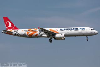 TC-JRO Turkish Airlines Airbus A321-231 special Euro League livery (FRA - EDDF - Frankfurt)