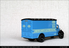 Corgi Classics D822-11 Bedford O Series LNER P1060761 (Trevor Durritt) Tags: diecast corgi wwwthegeniescavecouk availablelight transport ©thegeniescave ©trevordurritt aec panasoniclumixdmcg3 scalemodel microfourthirds m43 lner corgiclassicsd82211bedford londonnortheasternrailway panasoniclumix1442mmf3556asphois corgiclassicsd82211bedfordoseries