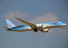 G-TUIL Boeing 787-9 Dreamliner TUI Fly (Keith B Pics) Tags: lgw gatwick egkk 787 gtuil boeing dreamliner tui keithbpics