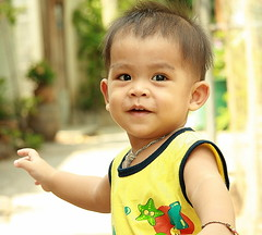 cute toddler (the foreign photographer - ฝรั่งถ่) Tags: cute toddler child boy khlong thanon portraits bangkhen bangkok thailand canon