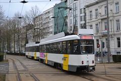 De Lijn 7105 (Will Swain) Tags: antwerp 6th march 2018 tram trams transport travel vehicle vehicles europe belgium belgian town de lijn the line railway rails rail lines city centre 7105
