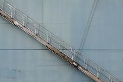 Gangway (ARTUS8) Tags: flickr schiff nikon24120mmf40 detail linien nikond800 pastell treppe fallreep ship staircase