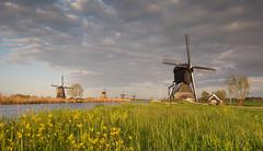 Kinderdijk (Wim Boon Fotografie) Tags: wimboon windmill lente spring canoneos5dmarkiii canonef1635mmf4lisusm leefilternd09softgrad leelandscapepolariser holland nederland netherlands natuur nature unescoworldheritage