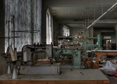 the couple (Jana Lumina) Tags: janalumina lumina urbex urbanexploration germany decay factory