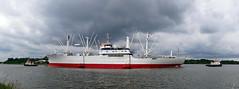 P1610152 (Lumixfan68) Tags: museumsschiffe cap san diego nordostseekanal ships museumsfrachter historisch schleppverband