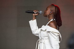 "Kelela - Primavera Sound 2018 - Jueves - 7 -M63C4759 • <a style=""font-size:0.8em;"" href=""http://www.flickr.com/photos/10290099@N07/28620211778/"" target=""_blank"">View on Flickr</a>"