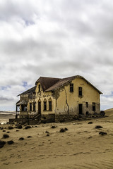 Kolmanskuppe, Ghost town, Namibia (DH20) Tags: desert abandoned sand dunes sun canon eos450d kolmanskuppe namibia town house ghost townnature