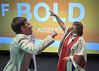 UMW president greets UM bishop (UMWomen) Tags: unitedmethodistwomen columbus ohio umw assembly2018 unitedmethodistchurch woman women officer president bishop greeting bold unitedstates usa