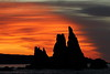 Morning glow (Teruhide Tomori) Tags: beach coast hashiguiiwa kushimoto wakayama sun sunrise morning cloud landscape japan japon sky 橋杭岩 串本 紀州 和歌山 日本 朝日 日の出 朝 太陽 rock dawn sea ocean 風景 seascape