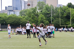 "2018-tdddf-football-camp (130) • <a style=""font-size:0.8em;"" href=""http://www.flickr.com/photos/158886553@N02/40615580030/"" target=""_blank"">View on Flickr</a>"