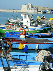 Mediterraneo (Giangaleazzo) Tags: puglia mare nikon coolpix italia sud italy trani boat barche sea seascape bari