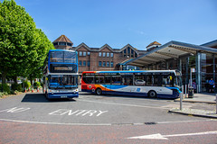 The new & the (very) old (mangopearuk) Tags: uk unitedkingdom england hampshire bus buses publictransport transit stagecoach stagecoachsouth stagecoachinthesouthdowns stagecoachhampshire portsmouth southsea havant adl alexanderdennis