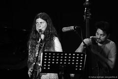 Anna Lena Schnabel: sax / Giorgi Kinadze: double bass (jazzfoto.at) Tags: sony sonyalpha sonyalpha77ii alpha77ii sonya77m2 inntöne inntöne2018 diersbach sauwald jazzambauernhof jazzfestival musiker musik music bühne concerto concierto конце́рт wwwjazzfotoat jazzfoto jazzphoto markuslackinger jazz jazzlive livejazz konzertfoto concertphoto liveinconcert stagephoto blitzlos ohneblitz noflash withoutflash sw bw schwarzweiss blackandwhite blackwhite noirblanc bianconero biancoenero blancoynegro zwartwit pretoebranco