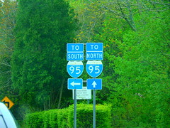 US 1 (jjbers) Tags: road signs new london connecticut may 6 2018 us 1 95