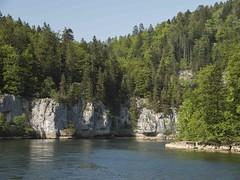 Voguer vers d'autres cieux ----- ° (Titole) Tags: doubs river cliffs titole nicolefaton villerslelac