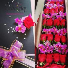 *Diseñamos arreglos personalizados adaptados a todos los gustos. Elige entre rosas de todos los colores, gerberas, lirios, orquídeas y más.*  #ViveLaExperienciaZabrisky: Aceptamos todas las tarjetas débito/crédito nacionales e internacionales  -  PAGOS ON (floristeriazabrisky) Tags: instagramers instalike sunflower style bestoftheday look tweegram instafollow followback amazing ebookwormsclub instadaily follow follow4follow photooftheday igers picoftheday smile anthurium girl instagood colorful socialenvy love instacool food like4like vivelaexperienciazabrisky swag followme 20likes flowers