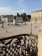vue sur la place Stanislas  depuis le balcon de l'Hotel de Ville (dominique jacquier) Tags: balcon ferronnerie place stanislas nancy
