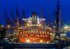 Cap San Lorenzo (schda22) Tags: hamburg deutschland ship harbour pier hafen werftanlage werft longexposure langzeitbelichtung abend nacht schiff canon