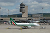 Alitalia Airbus A319-111 EI-IMX (EK056) Tags: alitalia airbus a319111 eiimx zürich airport
