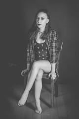 Federica (www.michelconrad.fr) Tags: bleu vert rouge canon eos6d eos 6d ef24105mmf4lisusm 24105mm 24105 femme modele portrait studio noir lingerie pose body chaise noiretblanc monochrome