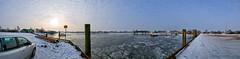 Oortkatener Hafen im Winter (Gelegenheitsknipser) Tags: marcopagel mpfotonet gelegenheitsknipserde 2013 deutschland norddeutschland hansestadt hamburg hh hafen winter schnee eis oortkaten ochsenwerder hamburgochsenwerder panorama freihandpanorama elbe fluss licht