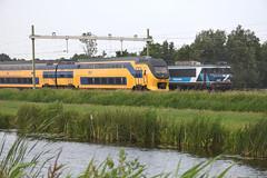 Lineup at Lisse, June 9, 2018 (cklx) Tags: railpromo railpromodinnertrain sprinter virm lisse lineup