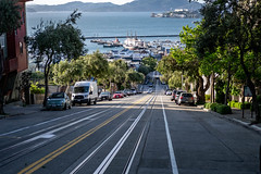 San Francisco 2018 (burnt dirt) Tags: sanfrancisco california vacation town city street road sidewalk crossing streetcar cablecar tree building store restaurant people person girl woman man couple group lovers friends family holdinghands candid documentary streetphotography turnaround portrait fujifilm xt1 color laugh smile young old asian latina white european europe korean chinese thai dress skirt denim shorts boots heels leather tights leggings yogapants shorthair longhair cellphone glasses sunglasses blonde brunette redhead tattoo pretty beautiful selfie fashion japanese tracks fishermanswharf alcatraz