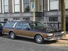 1988 Chevrolet Caprice Classic Wagon (harry_nl) Tags: netherlands nederland 2018 nijmegen chevrolet capriceclassic wagon 35en14 sidecode3
