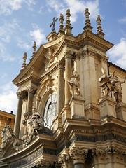 Ortodossia mattutina - Morning orthodoxy (VauGio) Tags: chiesa church statua statue torino turin piemonte piemont huawei leica p10 mattina morning