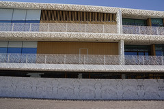 2018-06-FL-191003 (acme london) Tags: 2018 antoniocitterio balconies balcony bookmatchedmarble bookmatchedstone bulgari dubai facade hotel hotelresort marble meraas precastconcrete shading stonecladding uae
