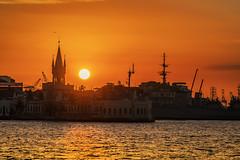 Sunset in Rio de Janeiro Port (www.alexandremalta.com) Tags: alexandremalta marine brazil guanabarabay sunset riodejaneiro port