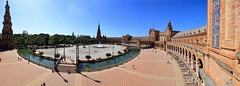 Plazza de Espana, Sevilla (yom1) Tags: panorama pano panormaice stitch stitched assemblage autostitch batime building place square plazza plazzadeespana europe espagne spain espana andalousie andalucia seville sevilla spring sunny water eau printemps placedespagen placedespagne yom1 eos6dmarkii canon ef2470f4lisussm 24mm fullformat