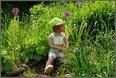 Sanrike ... ich könnte hier den ganzen Tag sitzen und schauen ... (Kindergartenkinder 2018) Tags: kindergartenkinder annette himstedt dolls sanrike gruga grugapark essen