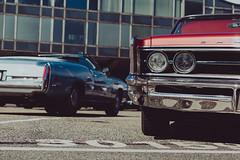 back - front   l  2018 (weddelbrooklyn) Tags: hamburg streetmag streetmagshow streetmagshowhamburg cat cars uscar uscars oldtimer classiccars chrome red rot nikon d5200 35mm