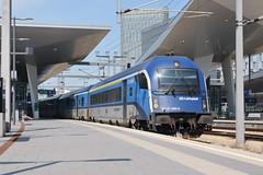 CD Railjet in Wien Hbf (Baumi@sw) Tags: railjet wien hbf fernverkehr