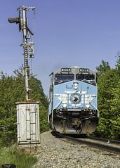 Job 2 at Tarratine (Thomas Coulombe) Tags: centralmainequebec cmq cmq1006 geac4400cw ac4400cw job2 freighttrain train searchlights signals tarratine maine mooseheadsub